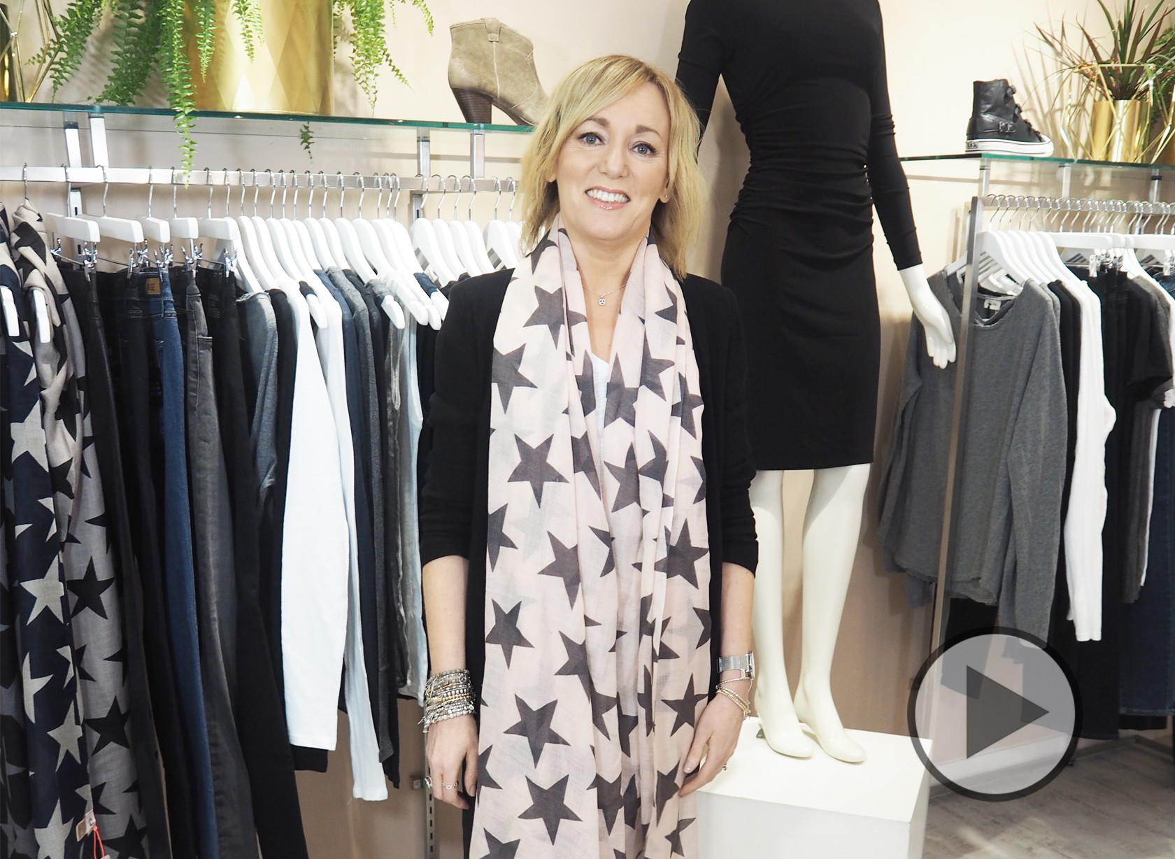 Deryane's Key Wardrobe Essential's Video