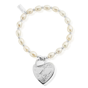 Pearl Disc Decorated Heart Bracelet - Silver