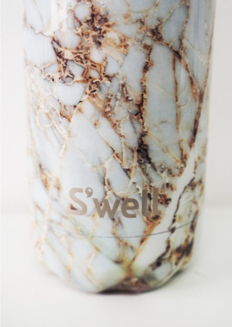 swell the element 17oz water bottle calacatta gold main image loading zoom