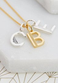 RACHEL JACKSON This Is Me 'E' Alphabet Necklace - Gold