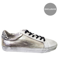 AIR & GRACE Exclusive Cru Trainer - Silver Metallic