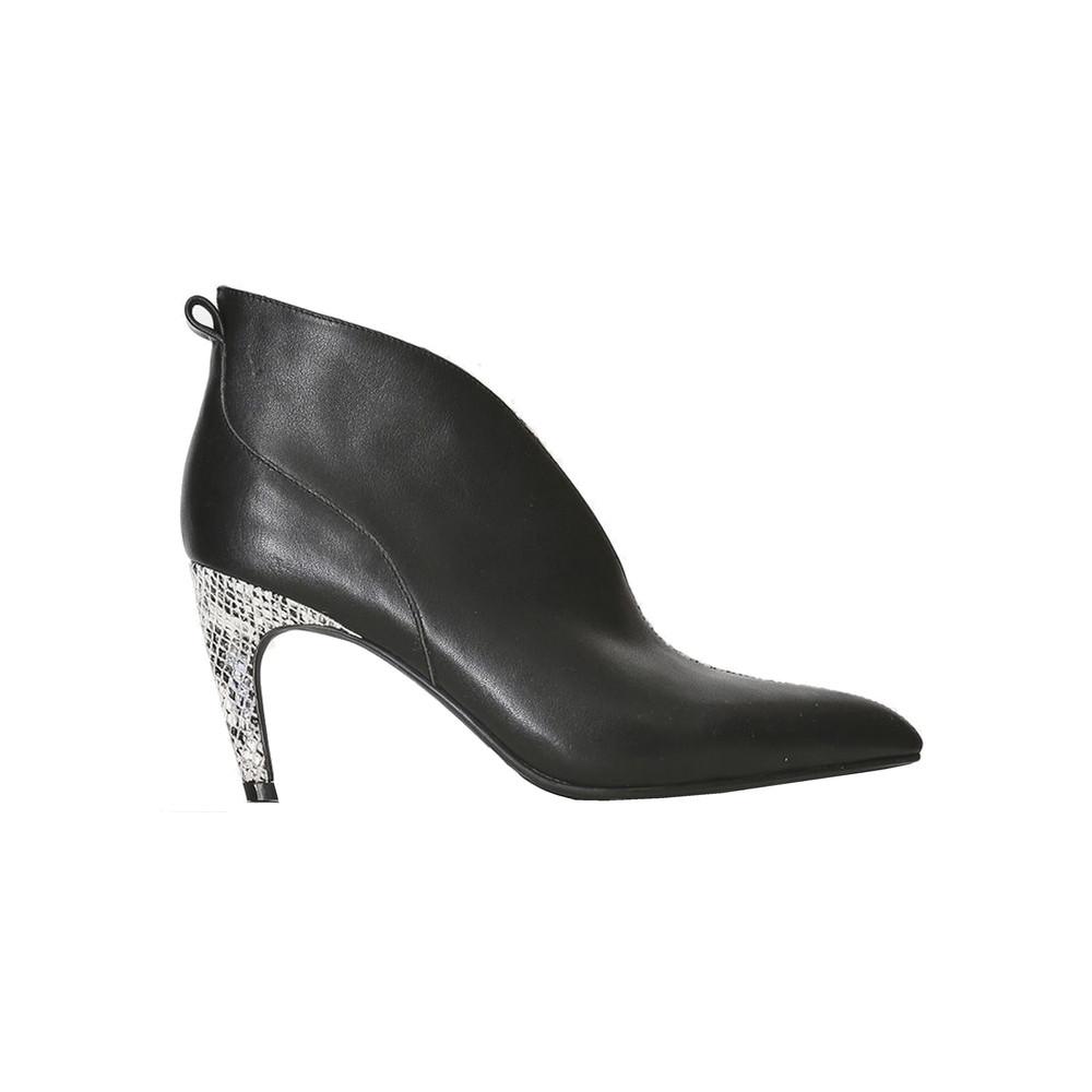 Vanessa Low Cut Leather Bootie - Black