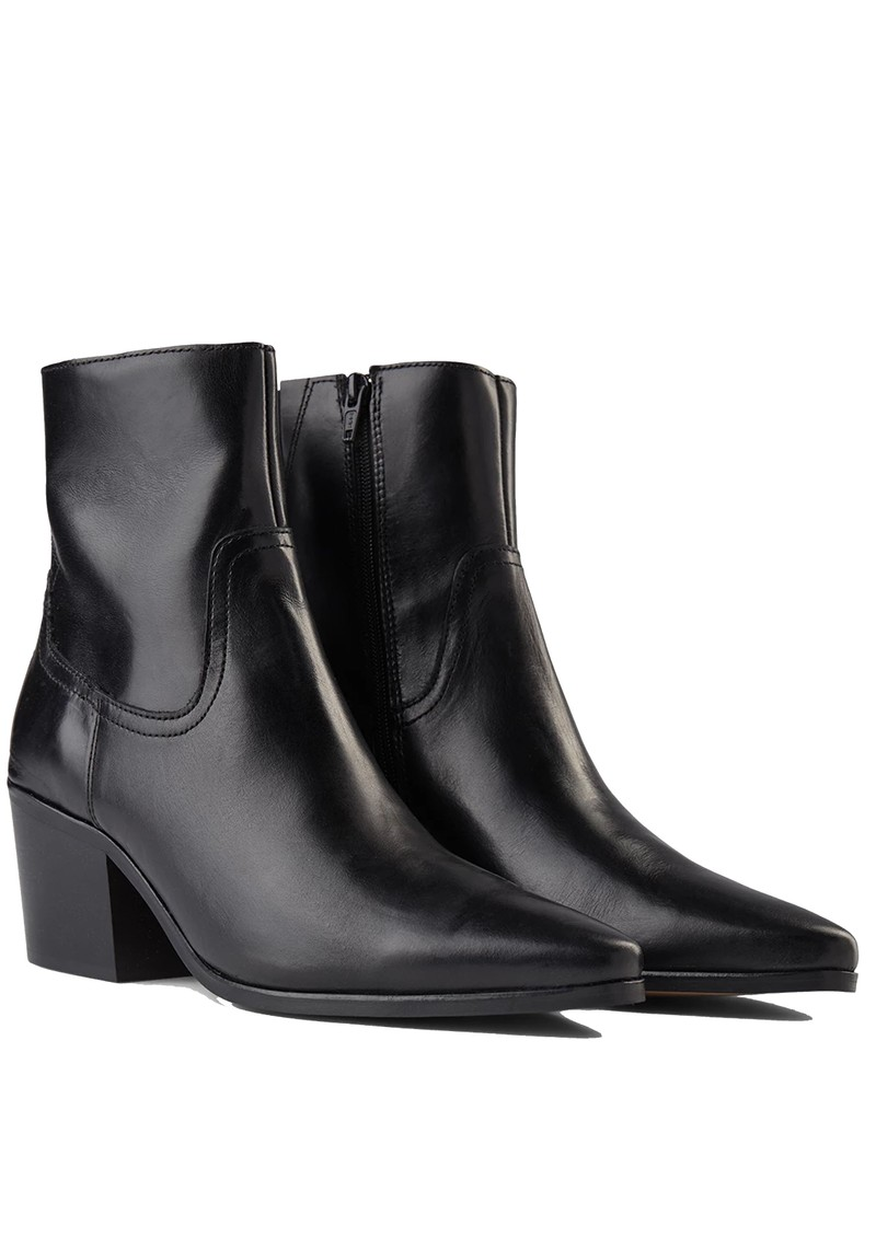 SHOE THE BEAR Georgia Chelsea Boot - Black main image