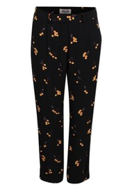 BAUM UND PFERDGARTEN Narethe Printed Trousers - Orange Cherry