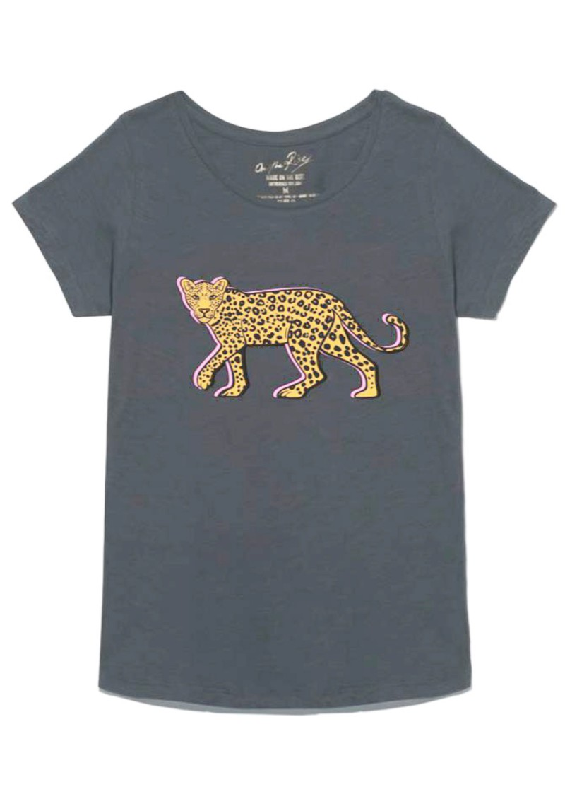 ON THE RISE Stalking Leopard T-Shirt - Grey main image