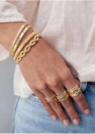 ANNA BECK Ribbed Stacking Ring - Gold