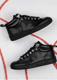 VEJA Roraima Leather Trainer - Black & Grafite
