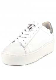 Ash Cult Trainers - White & Silver