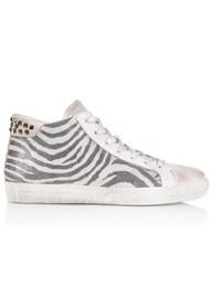 AIR & GRACE Alto Trainer - Studded Zebra