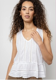 Rails Mira Top - White Lace Detail