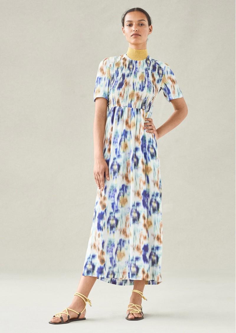 BAUM UND PFERDGARTEN Adamaris Maxi Dress - White Blue Floral main image