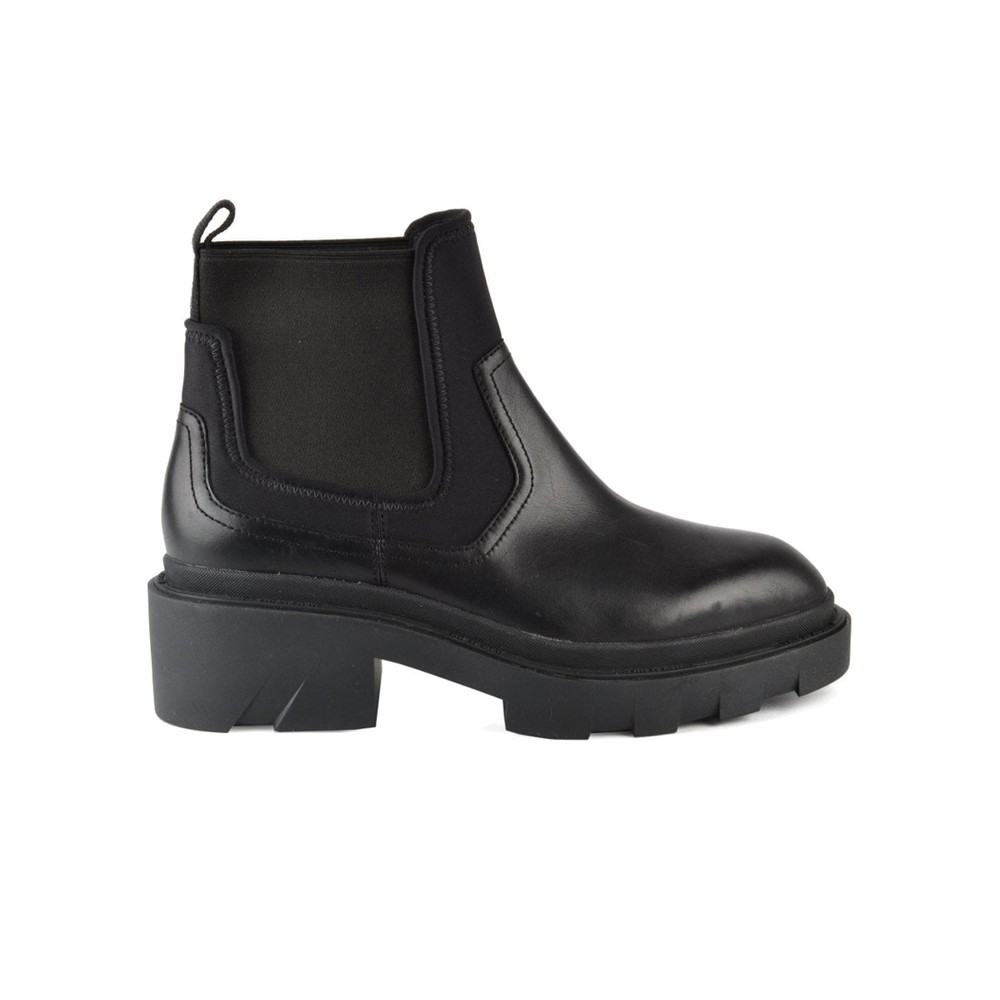 Metro Chunky Leather Chelsea Boots - Black