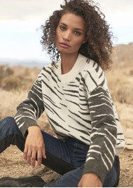 Rails Lana Jumper - Abstract Tiger