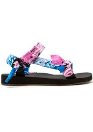 ARIZONA LOVE Trekky Sandals - Tie-Dye Blue & Pink