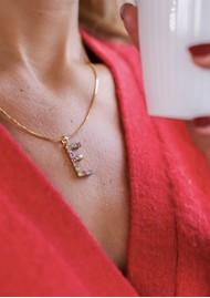 CAROLINE SVEDBOM Initial E Letter Necklace - Gold