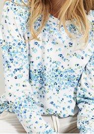 STRIPE & STARE Essential Sweatshirt - Periwinkle