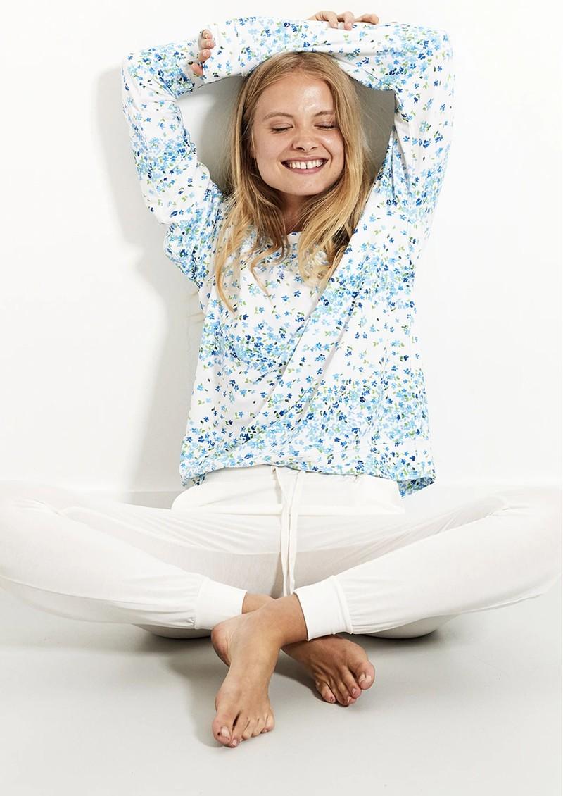 STRIPE & STARE Essential Sweatshirt - Periwinkle main image