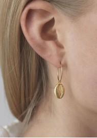 ANNI LU Cowry Shell Hoop Earrings - Gold