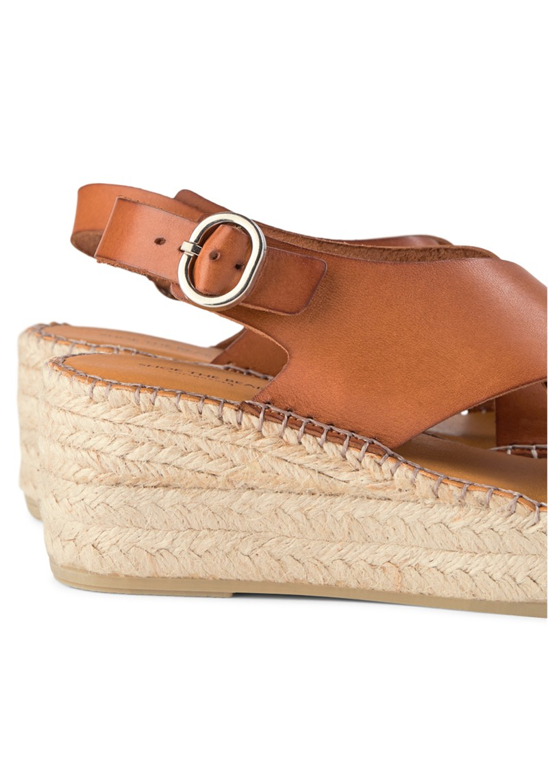 SHOE THE BEAR Orchid Leather Cross Sandals - Tan main image