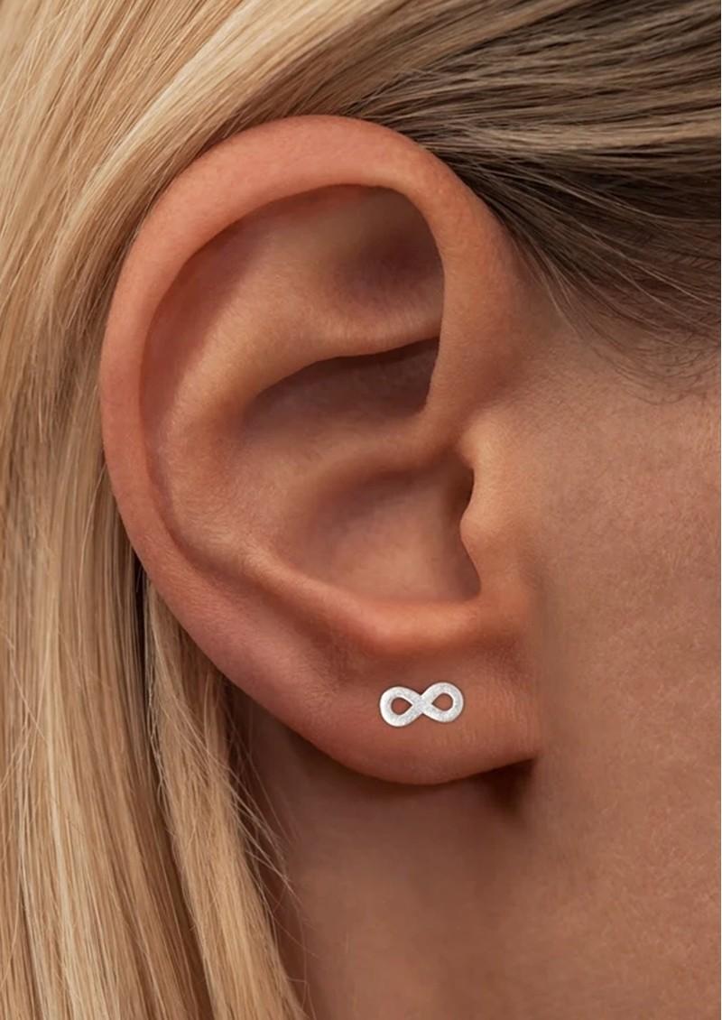 LULU COPENHAGEN Infinity Stud Earring - Silver main image