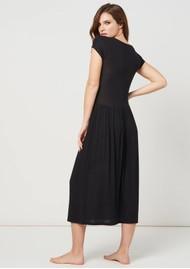 STRIPE & STARE Ribbed Midi T Dress - Black