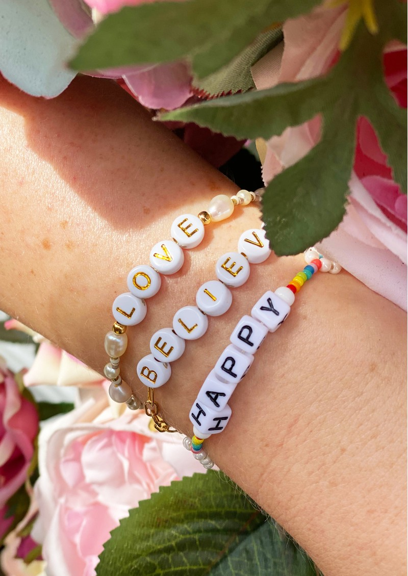 MISHKY Exclusive Believe Beaded Bracelet - Gold & Green main image