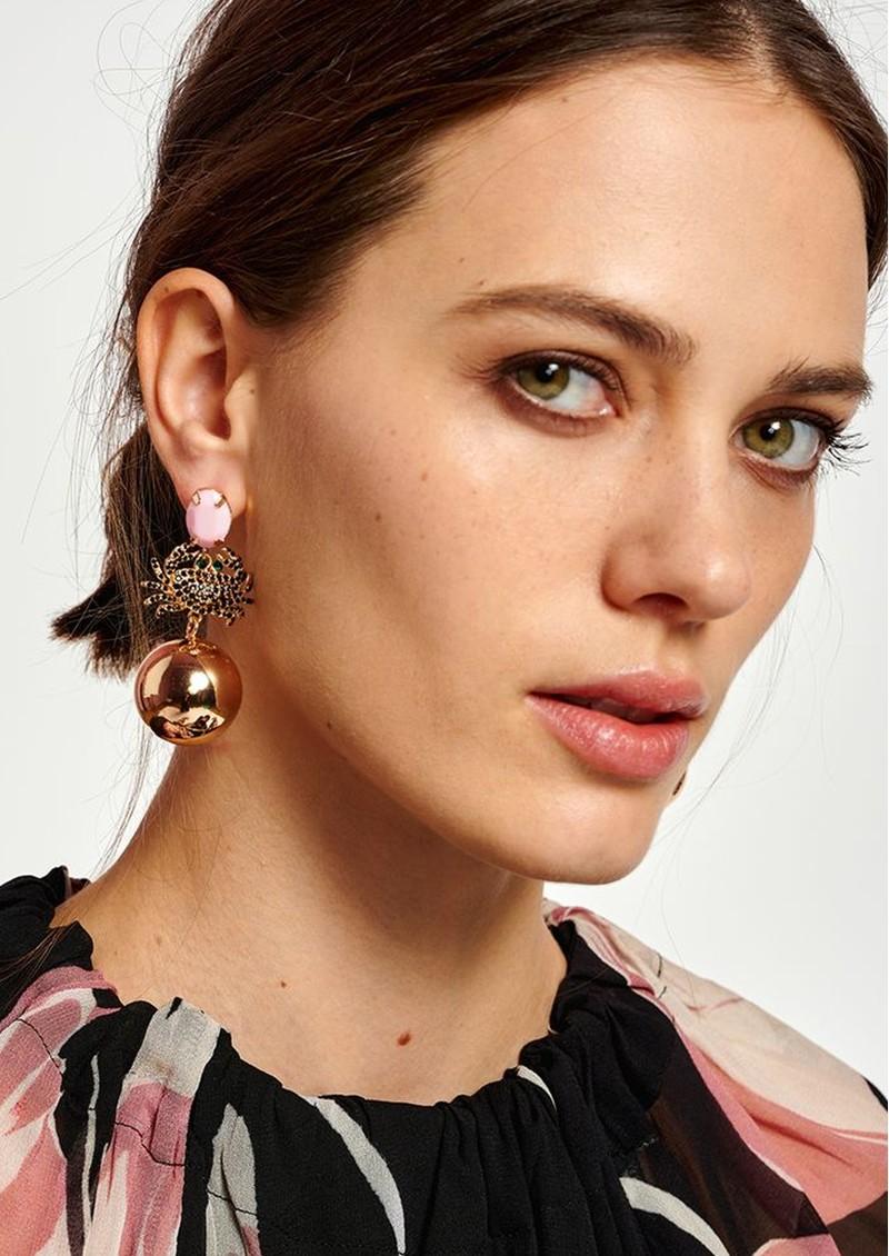 ESSENTIEL ANTWERP Alvaro Crab Earrings - Lipstick Wonder main image