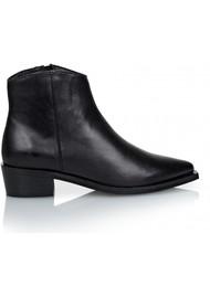 SHOE BIZ COPENHAGEN Uviaya Leather Ankle Leather Boot - Black