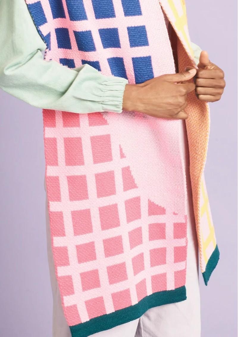 MISS POM POM Grid Scarf - Pink main image