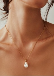 ANNA BECK Pearl & Twisted Pearl Pendant Necklace - Gold