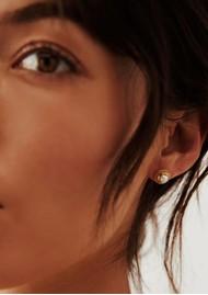 ANNA BECK Pearl & Twisted Rim Pearl Stud Earrings - Gold