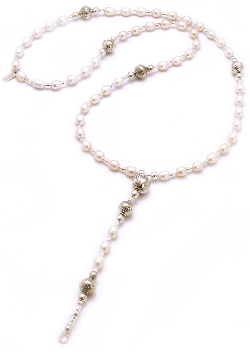 ChloBo Oystins Pearl Rosary Necklace main image