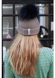 BOBBL BOBBL KNITTED HAT - TAUPE