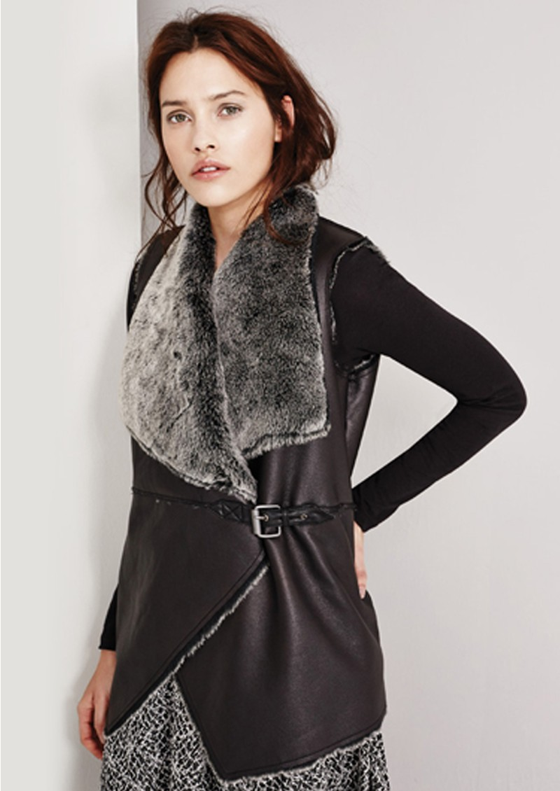 Great Plains BAA BAA FAUX FUR GILET - BLACK main image